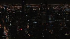 Chicago en la noche del edificio de hancock almacen de video