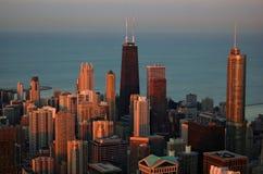 Chicago en la puesta del sol imagen de archivo libre de regalías
