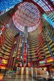 Chicago, EUA - 15 de abril de 2013: James R Thompson Center Chicago imagem de stock