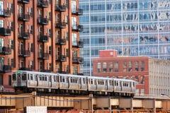Chicago ha elevato il treno Immagini Stock