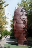 Chicago: het beeldhouwwerkwerk 1004 Portretten door Jaume Plensa in Millenniumpark op 23 September, 20 royalty-vrije stock afbeelding