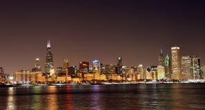 Chicago horisont från Olive Park royaltyfri foto