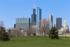Chicago horisont i sommar Royaltyfria Bilder