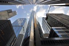 chicago i city nya gammala skyskrapor Arkivfoton
