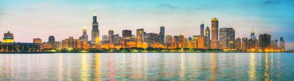 Chicago i stadens centrum cityscapepanorama Royaltyfria Bilder