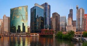 chicago i stadens centrum flodstrand Royaltyfria Bilder