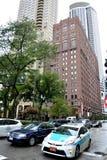 Chicago i stadens centrum gata och trafik Arkivfoto