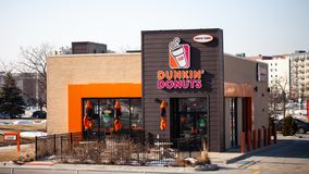 CHICAGO, IL - FEBRUARY 22, 2019 - Exterior view of Dunkin Donuts shop stock photos