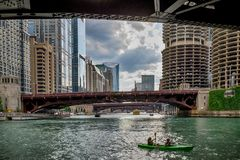 Chicago, IL Stany Zjednoczone, Augustl - 09, 2017: Lat kayakers Obraz Royalty Free