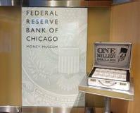 CHICAGO, IL, U S A , O 25 DE MAIO DE 2018: Uma ideia dos um milhão de dólares representa a estação do museu do dinheiro fotografia de stock
