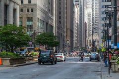 Chicago, IL/USA - circa im Juli 2015: Straßen von im Stadtzentrum gelegenem Chicago, Illinois Lizenzfreie Stockbilder