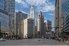 Chicago IL/USA - circa Juli 2015: Gator av i stadens centrum Chicago, Illinois Royaltyfria Foton