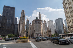 Chicago IL/USA - circa Juli 2015: Norr Michigan aveny av i stadens centrum Chicago, Illinois Arkivbild