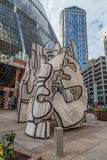 Chicago, IL/USA - vers en juillet 2015 : Monument avec la sculpture debout en bête Chicago du centre, l'Illinois images stock