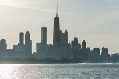 CHICAGO, ILLINOIS - 17 DE ABRIL DE 2016: Distrito financiero de Chicago, céntrico, rascacielos Foto de archivo
