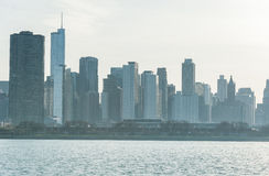 CHICAGO, ILLINOIS - 17 DE ABRIL DE 2016: Distrito financiero de Chicago, céntrico, rascacielos Lago michigan Imágenes de archivo libres de regalías