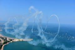 Chicago, Illinois - de V.S. - 19 Augustus, 2017: Vliegtuig die vliegen met Stock Afbeelding