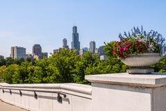 Chicago Illinois i stadens centrum horisont Arkivbilder