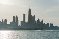 CHICAGO ILLINOIS, KWIECIEŃ, - 17, 2016: Chicagowska dzielnica biznesu, śródmieście, drapacz chmur Zdjęcia Stock