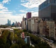 Chicago, Illinois, USA OKT 1,2017: Vogelperspektive des Kronen-Brunnens und des im Stadtzentrum gelegenen Chicagos lizenzfreie stockfotos