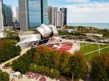 Chicago, Illinois, USA OKT 1,2017: Vogelperspektive von Jay Pritzker Pavilion am Tageslicht lizenzfreies stockfoto