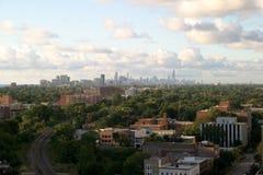 Chicago im Stadtzentrum gelegen auf dem Horizont Stockbild