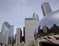 Chicago Landmarks. Along with the Trump Tower, the bean in Millenium Park reflects Michigan avenue on a warm day Stock Photo
