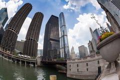 CHICAGO Marina City Complex och moderna byggnader Royaltyfria Bilder