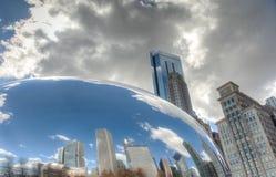 CHICAGO - MARS 17: Molnporten i millenium parkerar på mars 17, 2 Arkivbild