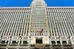 Mechandise Mart Facade. CHICAGO - MAY 12: Entrance to the Merchandise Mart building in downtown Chicago on May 12, 2017 royalty free stock photos