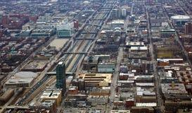 Chicago nära sikt för södra sida och för 290 huvudväg från himmel arkivfoto