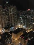 Chicago nachts lizenzfreie stockfotos