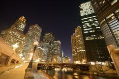 chicago noc rzeka Obrazy Royalty Free