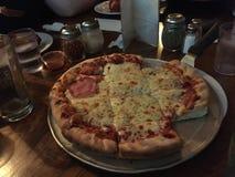 Chicago-Pizza Lizenzfreie Stockfotos