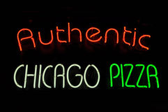 Chicago-Pizza-Neonzeichen Stockfotos