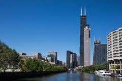 Chicago que espera la noche Fotografía de archivo libre de regalías