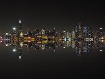 Chicago-Skyline an der Dämmerung Lizenzfreie Stockfotos