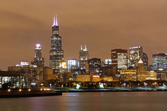 Chicago-Skyline nachts Lizenzfreie Stockfotografie