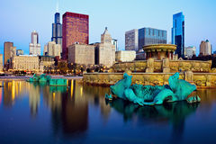 Chicago skyline reflected in Buckingham Fountain Stock Images