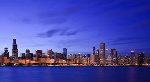 Chicago skyline at twilight Royalty Free Stock Photos