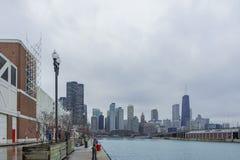 Chicago-Skyline vom Marine-Pier Stockfoto