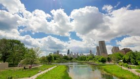 Chicago-Skyline von Lincoln Park Time Lapse stock video
