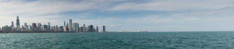 Chicago-Skylinepanorama mit Wolkenkratzern über Michiganseeesprit Lizenzfreie Stockbilder