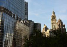 Chicago USA - Juni 06, 2018: Hotell & torn för trumf internationellt Fotografering för Bildbyråer