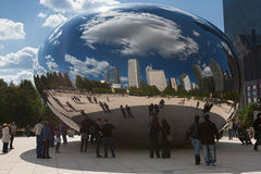 CHICAGO, USA - OCTOBER 6: Famous Slivery Bean sculpture in Chica Royalty Free Stock Photos