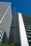 Chicago: vista acima na skyline e no Willis Tower de um cruzeiro do canal em Chicago River o 22 de setembro de 2014 Foto de Stock Royalty Free