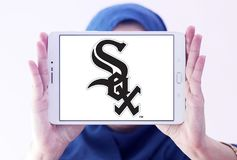 Chicago White Sox baseball team logo. Logo of Chicago White Sox team on samsung tablet holded by arab muslim woman. The Chicago White Sox are an American Stock Photo