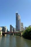 Chicago y río de Chicago Imágenes de archivo libres de regalías