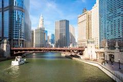 Chicagowski śródmieście i rzeka obraz royalty free