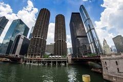 CHICAGOWSKI Marina miasta kompleks i Nowożytni budynki, Fotografia Royalty Free